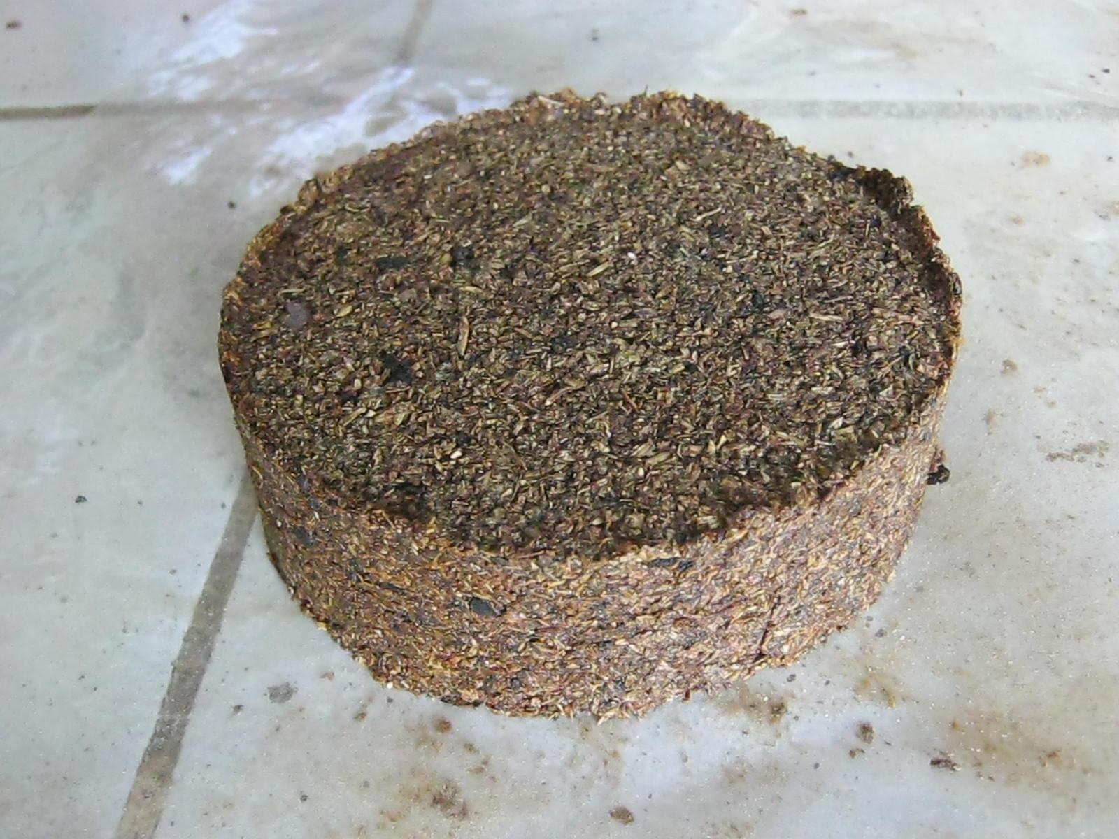 Livestock Kenya - Urea Molasses Mineral Blocks